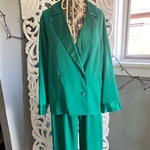 5l402 Vtg two piece pajama set